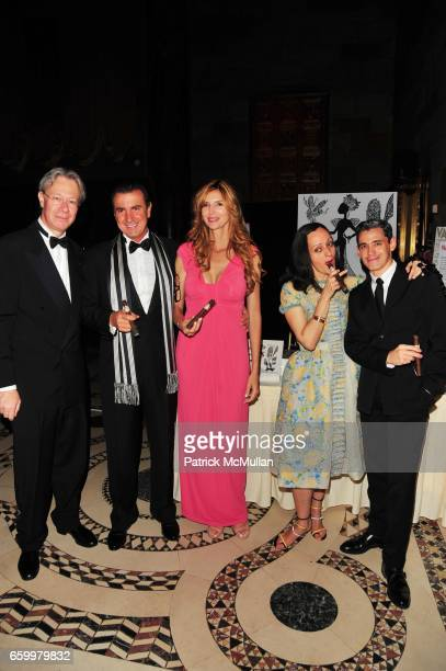 Julian Zugazagoitia Litto Gomez Ines Gomez Isabel Toledo and Ruben Toledo attend El MUSEO Gala at Cipriani 42nd St on May 20 2009 in New York City