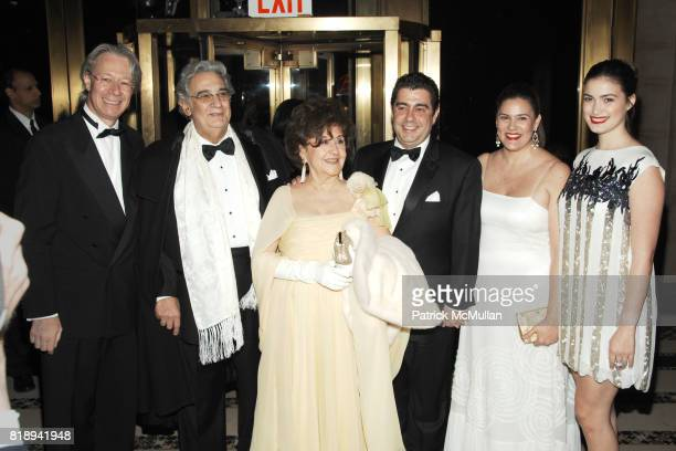 Julian Zugazagoitia Placido Domingo Marta Ornelas Alvaro Domingo Renee Domingo and Belem Hudson attend EL MUSEO'S 2010 Annual Gala at Cipriani 42nd...