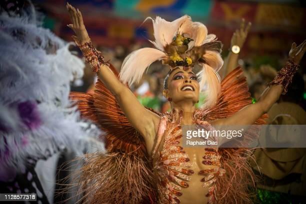 Juliana Paes dances during Grande Rio performance at the Rio de Janeiro Carnival at Sambodromo on March 3, 2019 in Rio de Janeiro, Brazil.