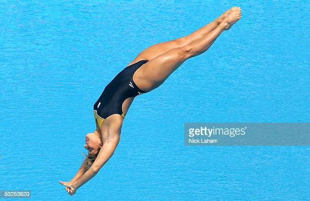 Juliana Veloso of Brazil competes in the Women's 1 meter Springboard semfinal during the XI FINA World Championships on July 18 2005 at the Parc...