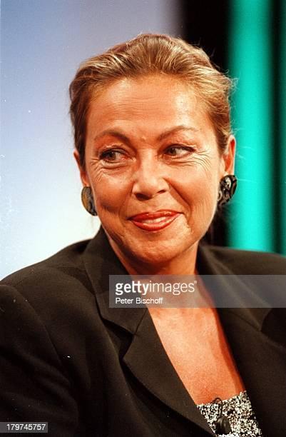 """Juliane Bartel - Porträt - """"III nach;9""""-Talkshow vom , Moderatorin,"""