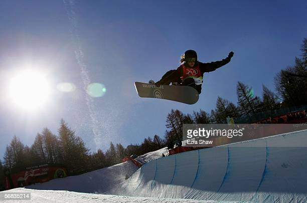 Juliane Bray of New Zealand competes in the Womens Snowboard Half Pipe Qualifying on Day 3 of the 2006 Turin Winter Olympic Games on February 13 2006...