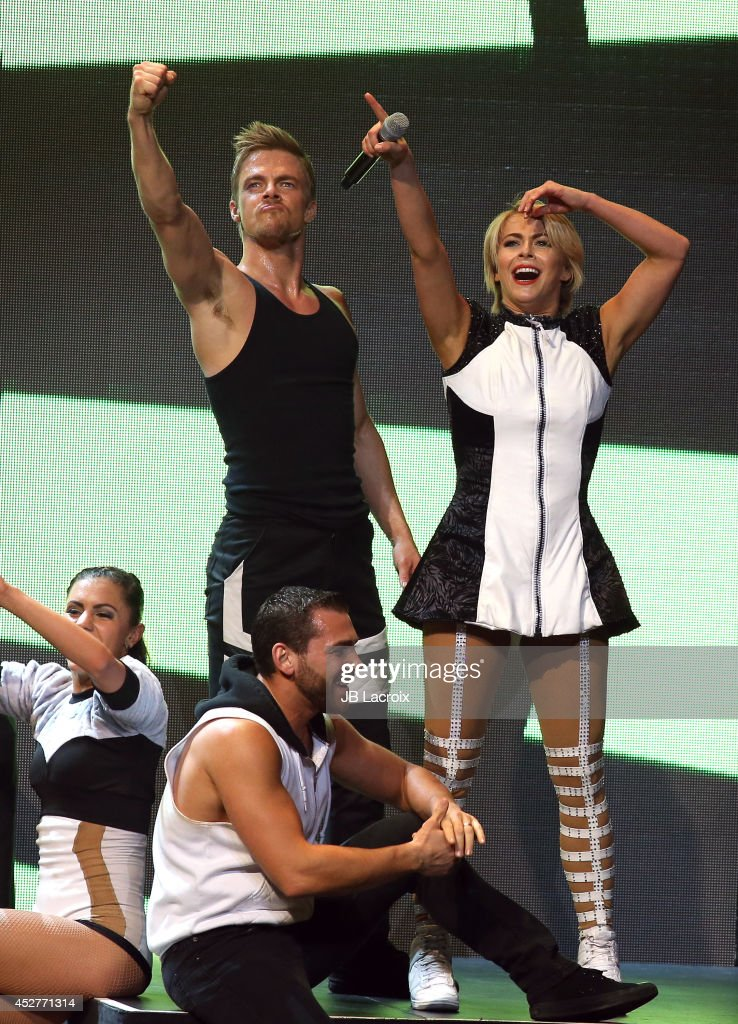 "Julianne Hough And Derek Hough Appear In ""Move Live On Tour"""