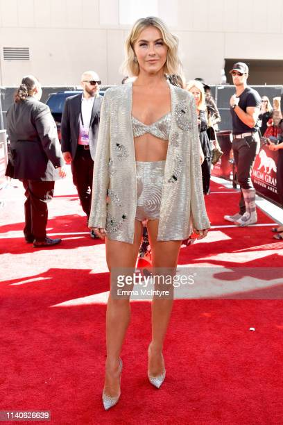 Julianne Hough attends the 2019 Billboard Music Awards at MGM Grand Garden Arena on May 1 2019 in Las Vegas Nevada