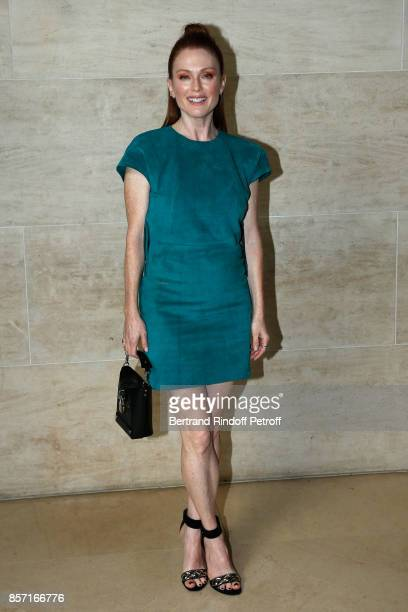 Julianne Moore attends the Louis Vuitton show as part of the Paris Fashion Week Womenswear Spring/Summer 2018 on October 3 2017 in Paris France