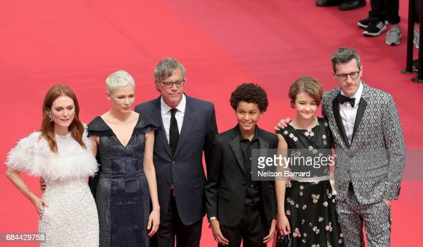 Julianne Moore Michelle Williams Director Todd Haynes actor Jaden Michael Producer Pamela Koffler and Screenwriter Brian Selznick attend the...