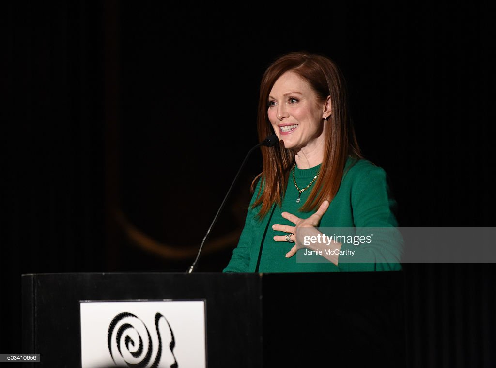 Julianne Moore speaks on stage during 2015 New York Film Critics Circle Awards at TAO Downtown on January 4, 2016 in New York City.