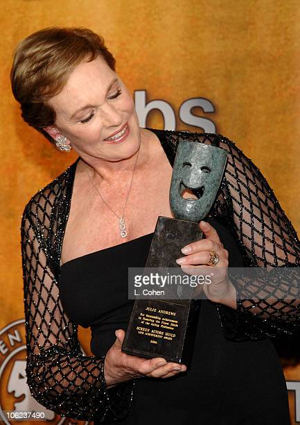 Julie Andrews recipient of the Screen Actors Guild Life Achievement Award 12867_LC_0203jpg