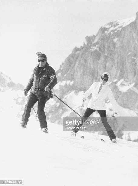 Julie Andrews Skiing in Gstaad