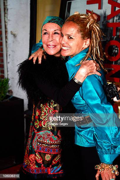 Julie Belafonte and Shari Belafonte attend Shari Belafonte's ITALY exhibition opening at Chair and The Maiden on October 7 2010 in New York City