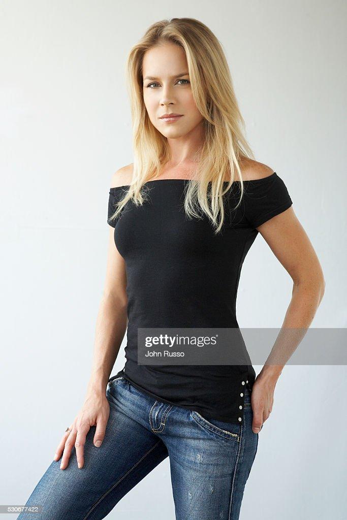 Julie Benz nude 983