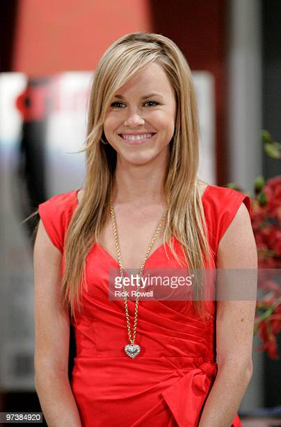 HOSPITAL Julie Berman in a scene that airs the week of March 8 2010 on Walt Disney Television via Getty Images Daytime's General Hospital General...