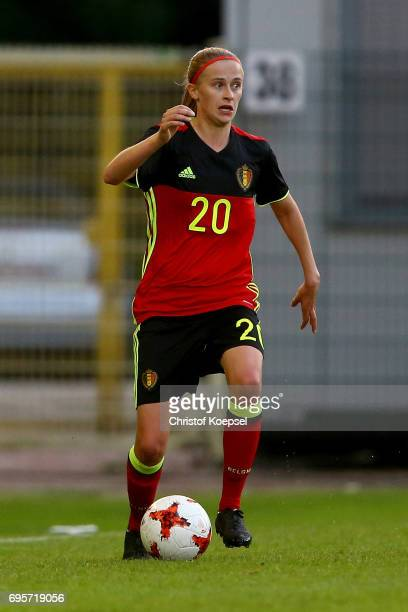 Julie Biesmans of Belgium runs with the ball during the Women's International Friendly match between Belgium and Japan at Stadium Den Dreef on June...