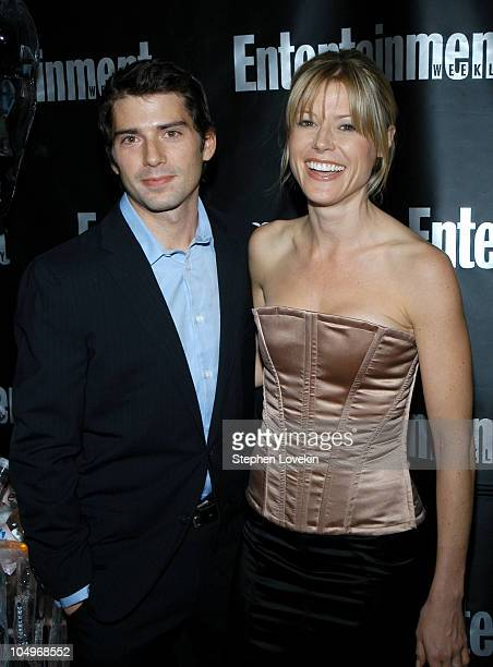 Julie Bowen and fiance Scott Phillips during Entertainment Weekly Hosts 10th Annual Viewing Party at Elaine's in New York City New York United States