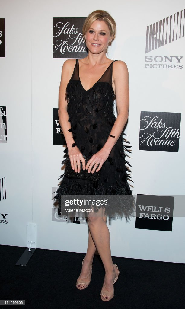 Julie Bowen arrives at 'An Evening' Benefiting The L.A. Gay & Lesbian Center at the Beverly Wilshire Four Seasons Hotel on March 21, 2013 in Beverly Hills, California.