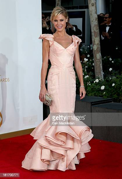 Julie Bowen arrives at the 65th Annual Primetime Emmy Awards at Nokia Theatre LA Live on September 22 2013 in Los Angeles California