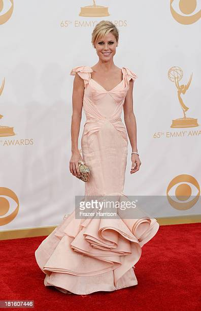 Julie Bowen arrives at the 65th Annual Primetime Emmy Awards held at Nokia Theatre LA Live on September 22 2013 in Los Angeles California