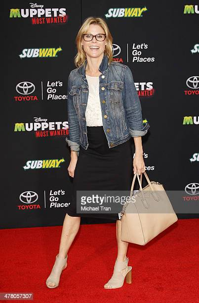 """Julie Bowen arrives at the Los Angeles premiere of """"Muppets Most Wanted"""" held at the El Capitan Theatre on March 11, 2014 in Hollywood, California."""