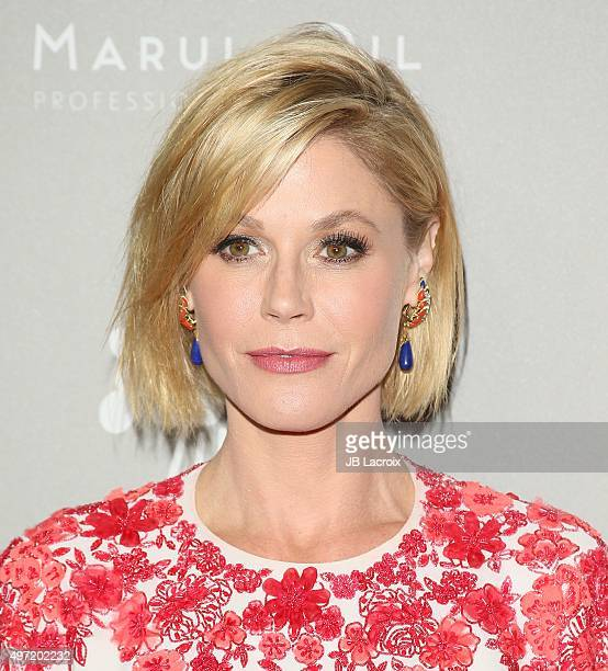 Julie Bowen attends the 2015 Baby2Baby Gala presented by MarulaOil Kayne Capital Advisors Foundation honoring Kerry Washington at 3LABS on November...