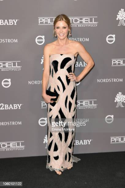Julie Bowen attends the 2018 Baby2Baby Gala Presented by Paul Mitchell at 3LABS on November 10, 2018 in Culver City, California.