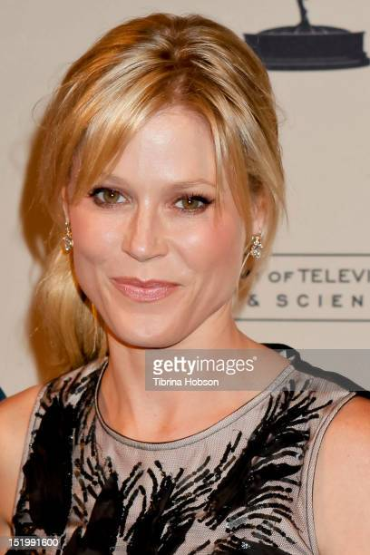 Julie Bowen attends the 64th primetime Emmy Awards casting directors reception at Academy of Television Arts Sciences on September 13 2012 in North...