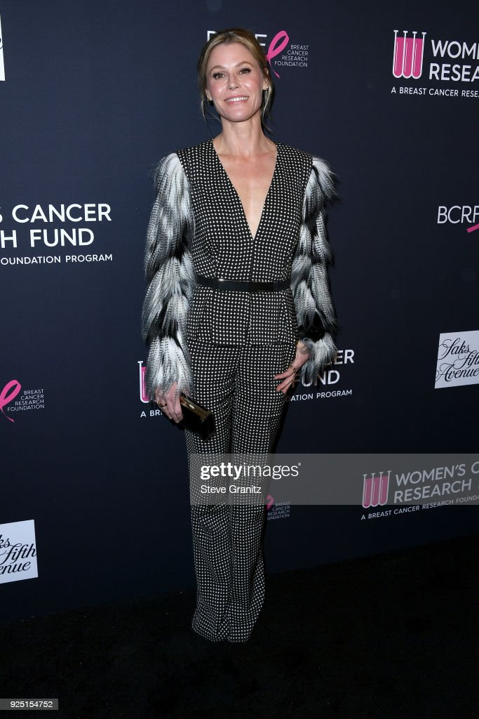 Julie Bowen attends The Women's Cancer Research Fund's An Unforgettable Evening Benefit Gala at the Beverly Wilshire Four Seasons Hotel on February 27, 2018 in Beverly Hills, California.