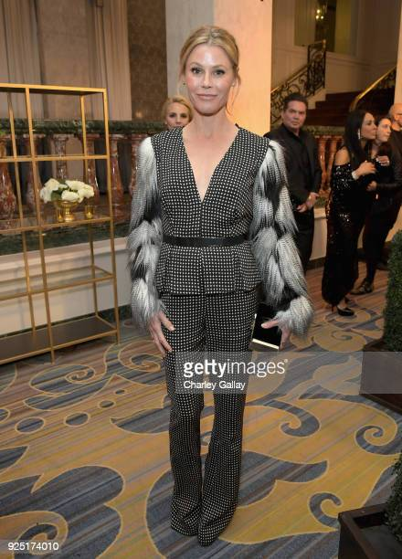 Julie Bowen attends WCRF's An Unforgettable Evening Presented by Saks Fifth Avenue on February 27 2018 in Beverly Hills California