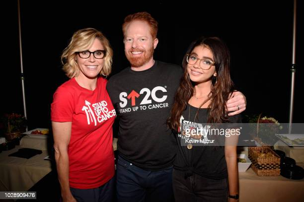 Julie Bowen Jesse Tyler Ferguson and Sarah Hyland attend the sixth biennial Stand Up To Cancer telecast at the Barkar Hangar on Friday September 7...