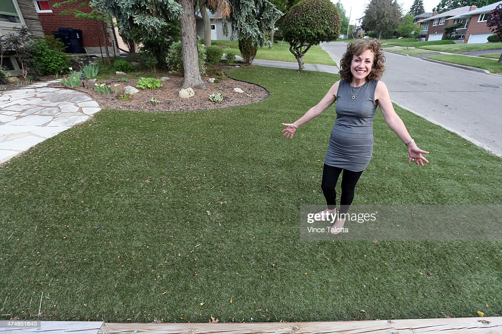 Julie Collins Stands On Her Artificial Grass Front Lawn Karen