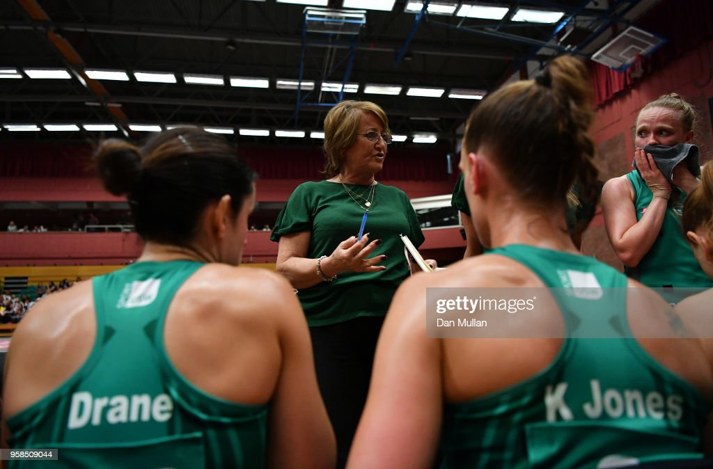 https://media.gettyimages.com/photos/julie-hoornweg-interim-coach-of-the-celtic-dragons-speaks-to-her-at-picture-id958509044