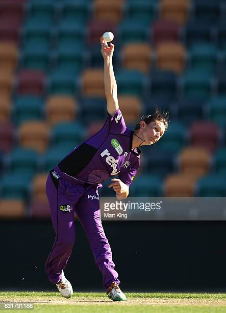 Julie Hunter of the Hurricanes bowls during the Women's Big Bash League match between the Hobart Hurricanes and the Sydney Thunder at Blundstone...