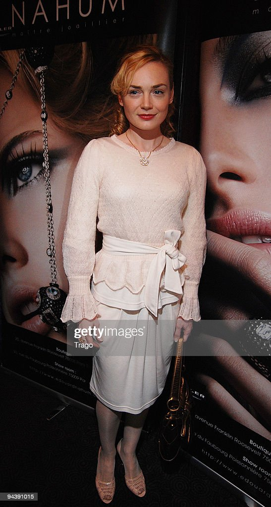 Julie Judd attends jeweler Edouard Nahum's presentation of a new collection at Mathis Club on December 13, 2009 in Paris, France.