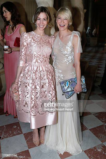 Julie Macklowe and Jill Bikoff attend 'Liaisons Au Louvre III' Charity Gala Dinner Hosted by American International Friends of Le Louvre at Cour...