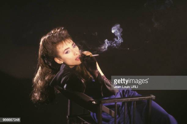 Julie Pietri dans son clip 'Nuit sans Issue' en janvier 1987 à Paris, France.