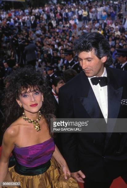 Julie Pietri lors d'une montée des marches lors du Festival de Cannes en mai 1988 France
