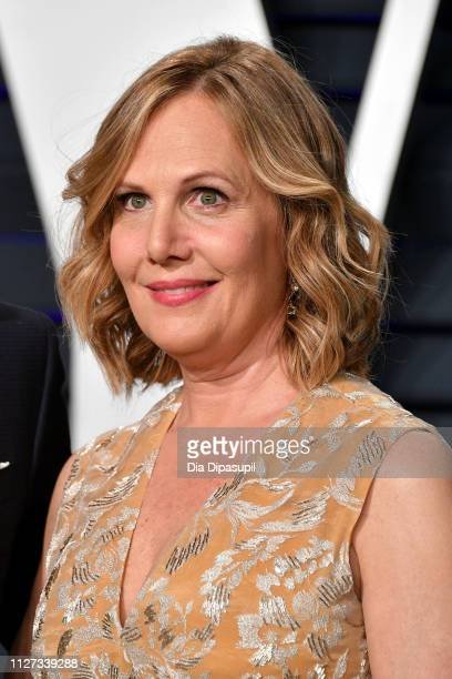 Julie Yaeger attends the 2019 Vanity Fair Oscar Party hosted by Radhika Jones at Wallis Annenberg Center for the Performing Arts on February 24, 2019...