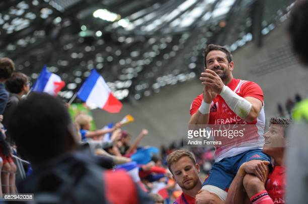 Julien Candelon of France ends his career during the quarter final match between Samoa and France at the HSBC Paris Sevens stage of the Rugby Sevens...