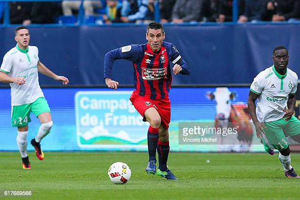 Julien Feret of Caen during the Ligue 1 match between SM Caen and AS SaintEtienne at Stade Michel D'Ornano on October 23 2016 in Caen France