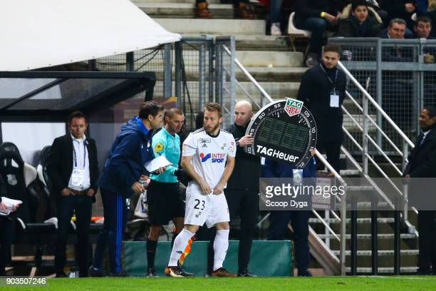 Julien Ielsch of Amiens SC during the Ligue 1 match between Amiens and Paris Saint Germain at Stade de la Licorne on January 10 2018 in Amiens France