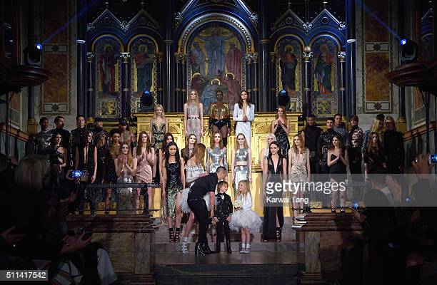 Julien Macdonald with his models at the Julien Macdonald show during London Fashion Week Autumn/Winter 2016/17 at One Mayfair on February 20 2016 in...