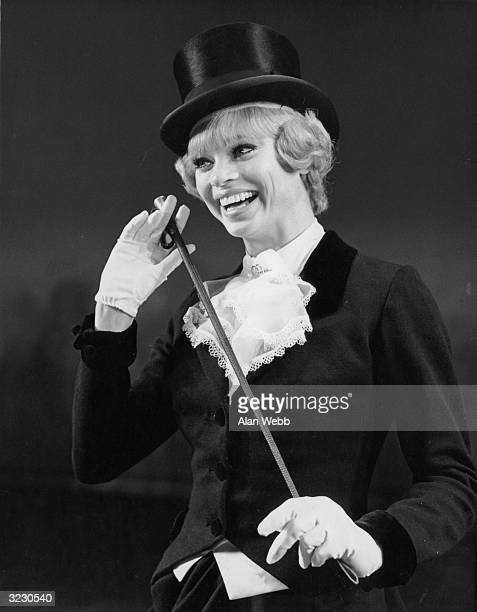 Juliet Prowse rehearsing the title role of the west end musical 'Mame' which she will be starring in while Ginger Rogers has a holiday