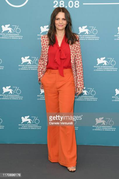 "Juliette Binoche attends ""La Vérité"" photocall during the 76th Venice Film Festival at Sala Grande on August 28, 2019 in Venice, Italy."