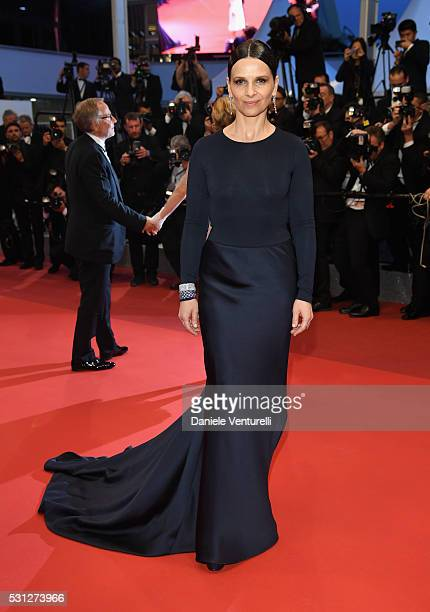 Juliette Binoche attends the 'Slack Bay ' premiere during the 69th annual Cannes Film Festival at the Palais des Festivals on May 13 2016 in Cannes...
