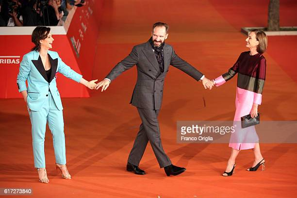 Juliette Binoche, Ralph Fiennes and Kristin Scott Thomas walk a red carpet for 'The English Patient - Il Paziente Inglese' during the 11th Rome Film...