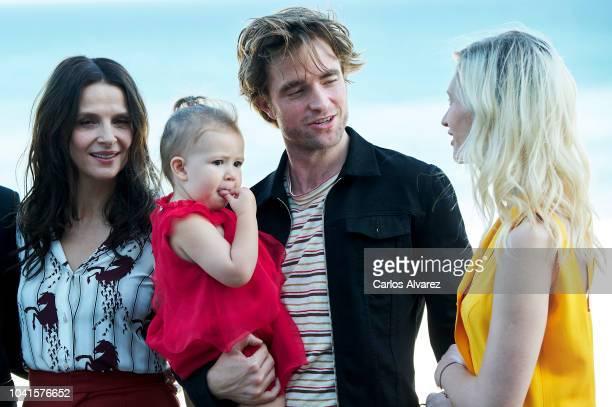 Juliette Binoche Scarlett Lindsey Robert Pattinson and Agata Buzek attend the 'High Life' photocall during the 66th San Sebastian International Film...