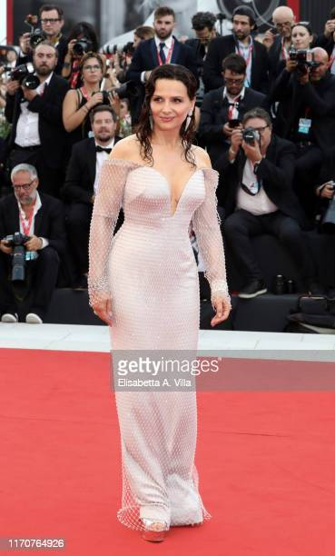 """Juliette Binoche walks the red carpet ahead of the """"La Vérité"""" screening during the 76th Venice Film Festival at Sala Grande on August 28, 2019 in..."""