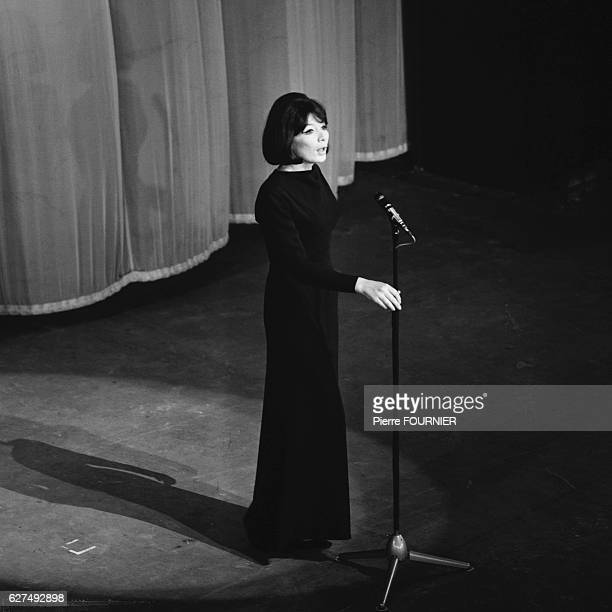 Juliette Greco on stage at Olympia