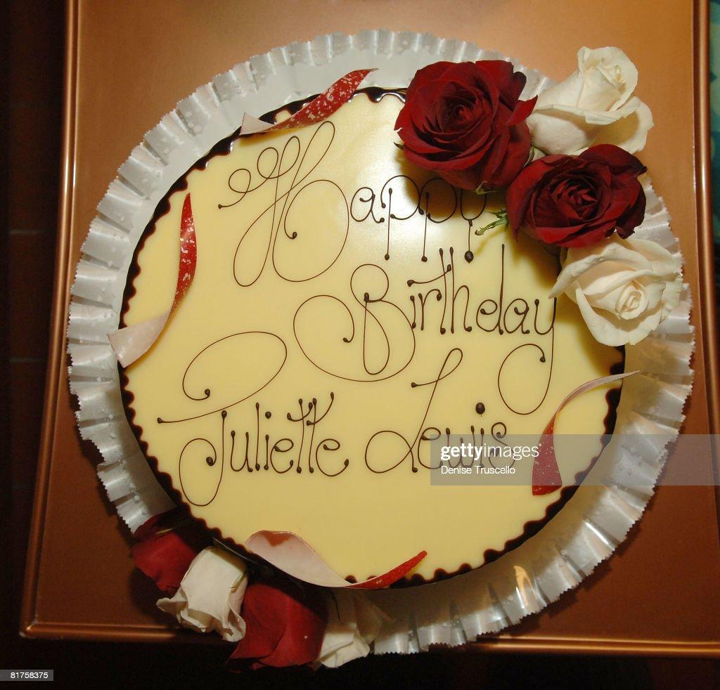 Surprising Juliette Lewis 35Th Birthday Cake At Prive Las Vegas On June 28 Personalised Birthday Cards Sponlily Jamesorg