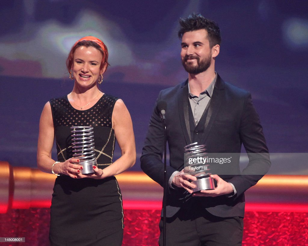Juliette Lewis and Graydon Sheppard accept a Webby for 'Shit Girls Say' during the 16th Annual Webby Awards at Hammerstein Ballroom on May 21, 2012 in New York City.