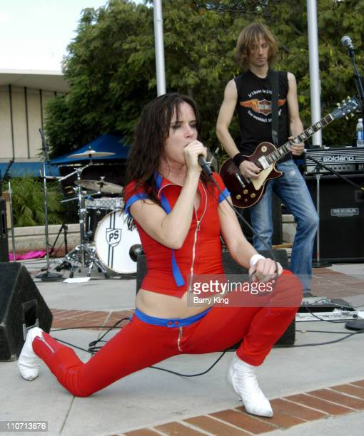 Juliette Lewis and Kemble Walters of Juliette the Licks